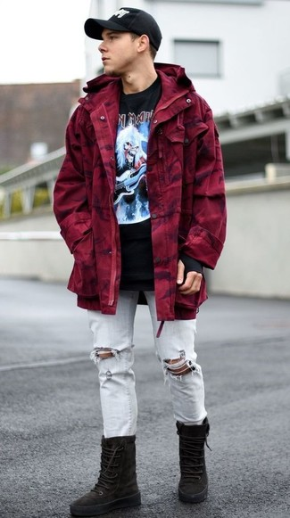 How to wear: black suede high top sneakers, light blue ripped jeans, black print crew-neck t-shirt, burgundy parka