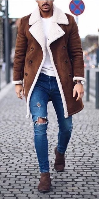 How to Wear a Dark Brown Leather Watch In Cold Weather For Men: A brown shearling coat and a dark brown leather watch are stylish menswear items, without which no off-duty wardrobe would be complete. Why not introduce a pair of dark brown suede chelsea boots to the equation for an extra dose of style?