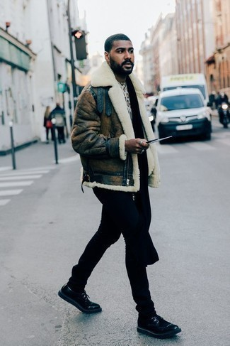 How to Wear a Black Scarf For Men: A brown shearling jacket and a black scarf are a great getup to have in your daily styling routine. Kick up this whole ensemble by slipping into a pair of black leather derby shoes.