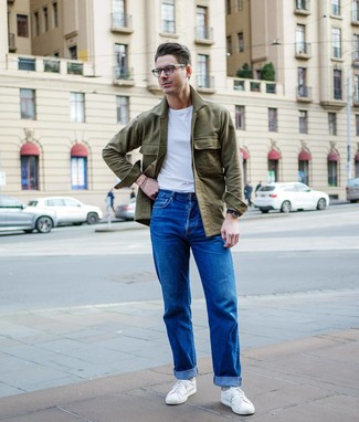 How to wear: white low top sneakers, blue jeans, white crew-neck t-shirt, olive shirt jacket