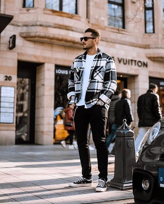 How to wear: black and white canvas low top sneakers, black jeans, white crew-neck t-shirt, white and black plaid flannel shirt jacket