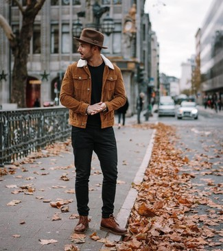 How to wear: brown leather casual boots, black jeans, black crew-neck t-shirt, tobacco shirt jacket