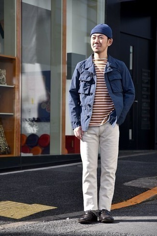 How to Wear a Navy Beanie For Men: A navy shirt jacket and a navy beanie are a cool look to have in your casual arsenal. To introduce a little zing to this look, choose a pair of dark brown leather loafers.