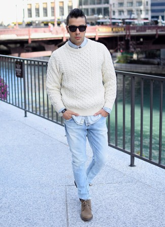 How to wear: brown suede casual boots, light blue jeans, light blue denim shirt, beige cable sweater