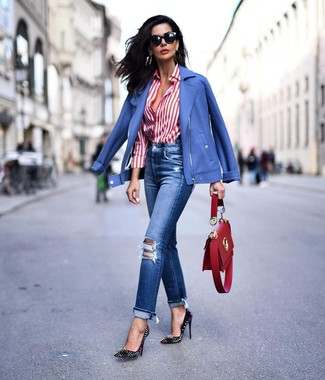 How to wear: black studded leather pumps, blue ripped jeans, white and red vertical striped dress shirt, blue biker jacket