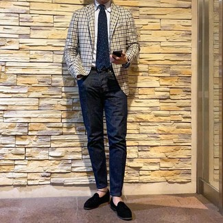 How to wear: black suede tassel loafers, navy jeans, white dress shirt, beige gingham blazer
