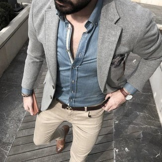 How to Wear Khaki Jeans For Men: This combo of a grey wool blazer and khaki jeans is definitive proof that a pared down ensemble can still be really interesting. Serve a little outfit-mixing magic by rounding off with a pair of brown leather monks.