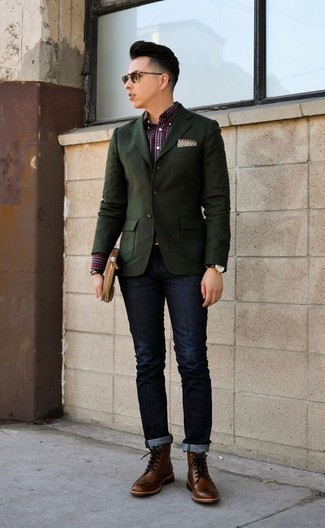 How to Wear a Brown Leather Zip Pouch For Men: When the situation permits a casual outfit, you can easily opt for a dark green blazer and a brown leather zip pouch. For a dressier take, complement your outfit with a pair of brown leather brogue boots.