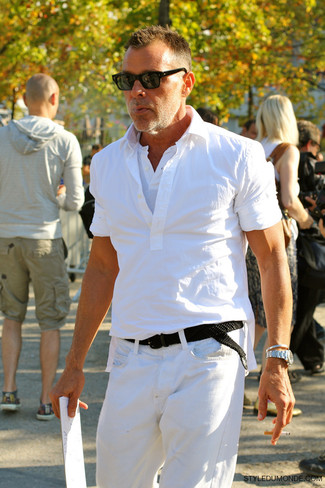 How to wear: black woven canvas belt, white jeans, white henley shirt, white short sleeve shirt