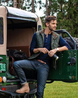 How to wear: tan leather casual boots, navy jeans, navy henley sweater, dark green quilted gilet