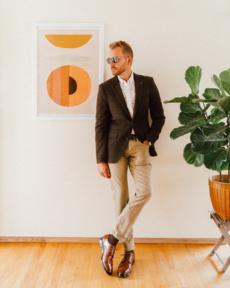 How to Wear Brown Leather Derby Shoes: To assemble a relaxed casual ensemble with a modern spin, you can easily rock a dark brown check wool blazer and khaki jeans. Wondering how to complement this getup? Round off with a pair of brown leather derby shoes to ramp it up.