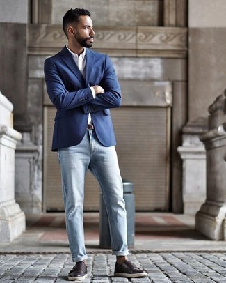 How to Wear Light Blue Jeans For Men: So as you can see, it doesn't take that much work for a man to look effortlessly sleek. Just consider pairing a blue blazer with light blue jeans and you'll look amazing. To introduce a bit of depth to your getup, complete this outfit with a pair of dark brown leather double monks.
