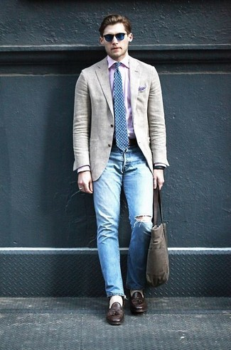 How to wear: dark brown leather tassel loafers, light blue ripped jeans, pink long sleeve shirt, beige blazer