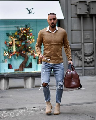 How to wear: beige suede chelsea boots, light blue ripped jeans, white long sleeve shirt, tan crew-neck sweater