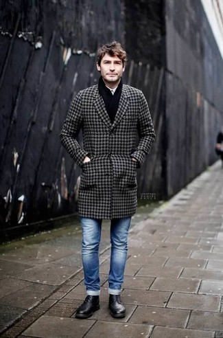 How to Wear a Black Scarf For Men: Consider teaming a grey houndstooth overcoat with a black scarf if you're on a mission for an outfit option for when you want to look casually dapper. Rounding off with black leather casual boots is a surefire way to inject an extra touch of style into this ensemble.