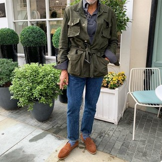 How to Wear Tobacco Suede Loafers For Men: An olive linen field jacket and blue jeans are veritable menswear must-haves if you're putting together an off-duty wardrobe that holds to the highest fashion standards. Complete this ensemble with tobacco suede loafers to effortlesslly rev up the fashion factor of your look.