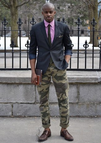 How to wear: dark brown leather brogues, olive camouflage jeans, hot pink gingham short sleeve hoodie, black blazer