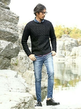 How to Wear Black Leather Derby Shoes: A charcoal cable sweater and blue jeans are the kind of a winning off-duty look that you so awfully need when you have no extra time to dress up. Up the appeal of this getup with a pair of black leather derby shoes.