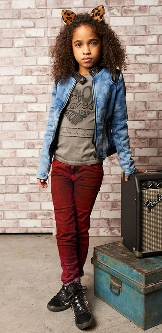 How to Wear a Blue Denim Jacket For Girls: Suggest that your girl pair a blue denim jacket with burgundy jeans to get a laid-back yet stylish look. Black sneakers are a good choice to finish off this outfit.