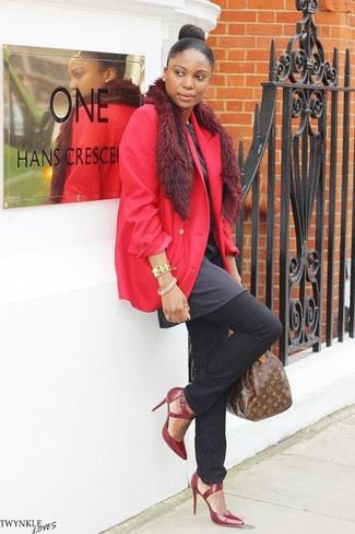 How to wear: burgundy leather pumps, black jeans, charcoal tunic, red blazer