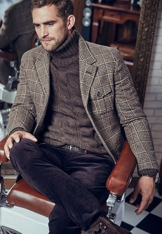 How to wear: dark brown leather casual boots, dark brown corduroy jeans, dark brown knit turtleneck, brown houndstooth wool blazer