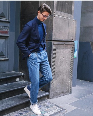 How to wear: white low top sneakers, blue jeans, navy turtleneck, navy blazer
