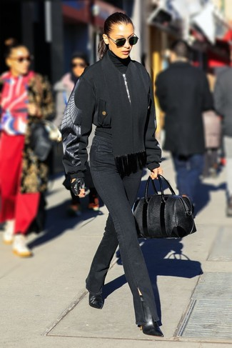 How to Wear a Black Turtleneck In Your 20s For Women: For a laid-back and cool getup, team a black turtleneck with black jeans — these two pieces fit beautifully together. When not sure about what to wear in the shoe department, add a pair of black leather ankle boots to the mix.