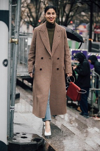How to wear: white leather pumps, light blue jeans, olive turtleneck, brown check coat