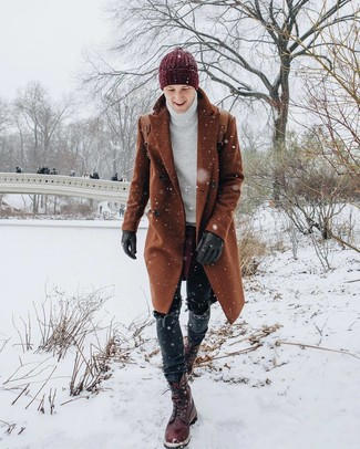 How to wear: burgundy leather casual boots, black jeans, white knit turtleneck, tobacco overcoat