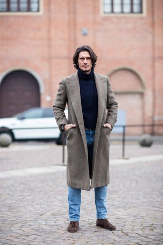 How to Wear a Brown Overcoat: This combination of a brown overcoat and blue jeans is surely impactful, but it's also super easy to wear. Upgrade this outfit with a pair of dark brown suede chelsea boots.