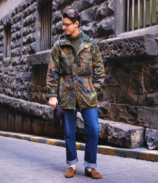 How to wear: brown suede loafers, blue jeans, olive knit turtleneck, olive camouflage parka