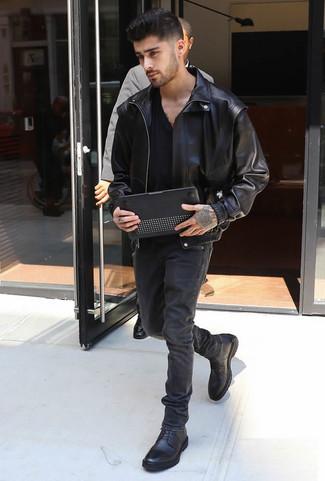 4ea9f5388 Zayn Malik wearing Black Leather Casual Boots, Black Jeans, Black V ...