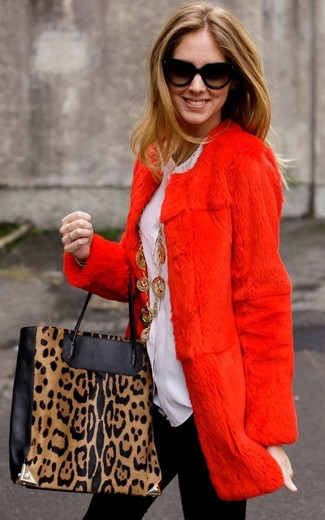 How to wear: black and tan leopard leather tote bag, black leggings, white button down blouse, red fur coat