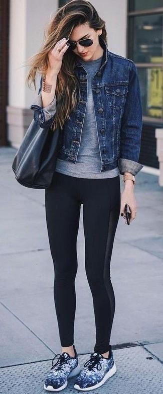 How to wear: navy athletic shoes, black leggings, grey crew-neck t-shirt, navy denim jacket