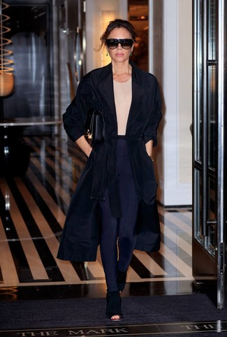 How to wear: black cutout suede ankle boots, navy leggings, beige crew-neck t-shirt, black duster coat