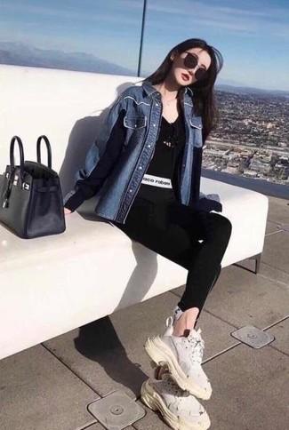 How to wear: white athletic shoes, black leggings, black v-neck t-shirt, blue denim shirt
