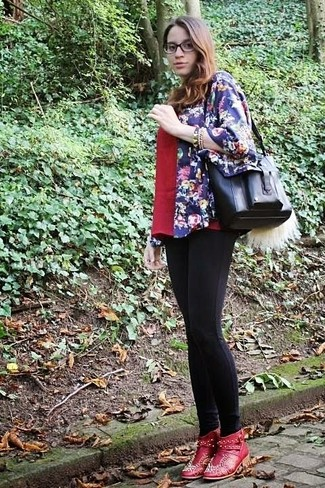 How to wear: red embellished leather ankle boots, black leggings, red v-neck t-shirt, navy floral kimono