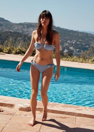 How to wear: light blue bikini top, light blue bikini pant