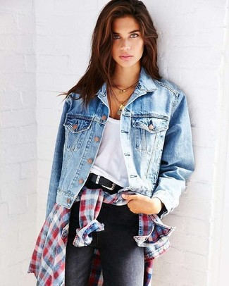 How to wear: light blue denim jacket, white and red and navy plaid dress shirt, white tank, black skinny jeans