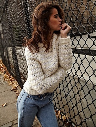 How to wear: light blue jeans, beige cable sweater
