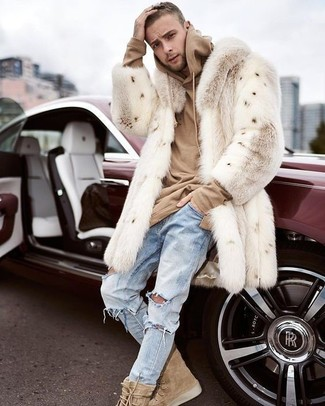How to Wear a Tan Hoodie For Men: A tan hoodie and light blue ripped jeans are a wonderful look to integrate into your daily wardrobe. Tan suede casual boots will give an added touch of style to an otherwise mostly casual look.