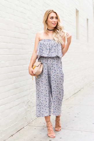 How to wear: light blue floral jumpsuit, beige leather gladiator sandals, beige leather clutch, black choker
