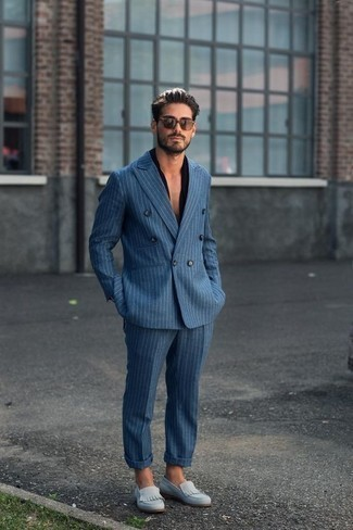 How to Wear Light Blue Suede Loafers For Men: When the setting calls for an effortlessly stylish look, consider teaming a blue vertical striped suit with a black short sleeve shirt. And if you want to effortlessly up the style ante of your look with one piece, introduce light blue suede loafers to this ensemble.