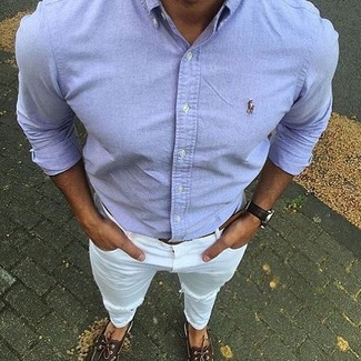 How to wear: light blue long sleeve shirt, white ripped jeans, dark brown leather boat shoes, brown leather belt