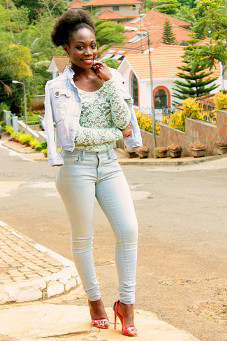 How to wear: red leather heeled sandals, light blue skinny jeans, mint lace long sleeve blouse, light blue denim jacket