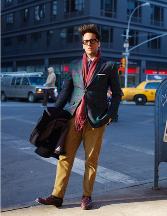 How to wear: navy tie, burgundy leather loafers, tobacco chinos, navy plaid blazer