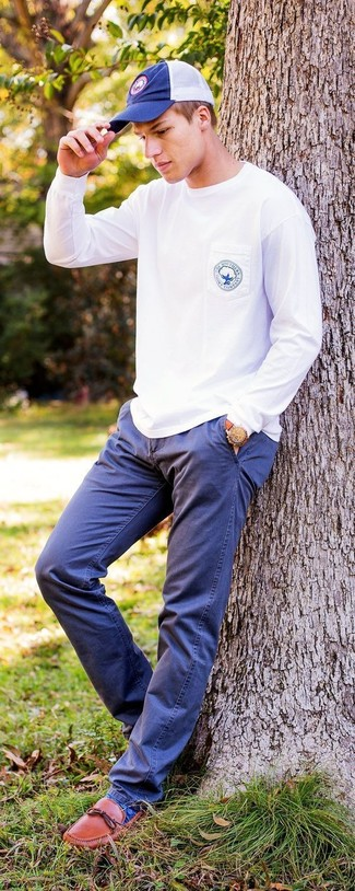 How to wear: navy baseball cap, tobacco leather loafers, navy chinos, white sweatshirt