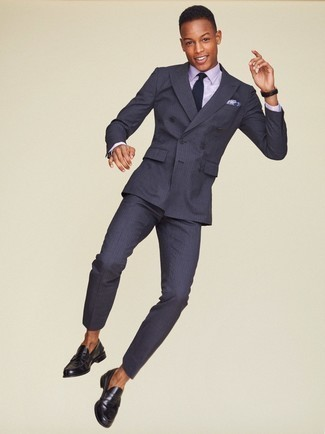 Men's Looks & Outfits: What To Wear In 2020: A charcoal vertical striped suit and a light violet dress shirt are a refined outfit that every modern gent should have in his wardrobe. A pair of black leather loafers is a smart pick to round off your look.