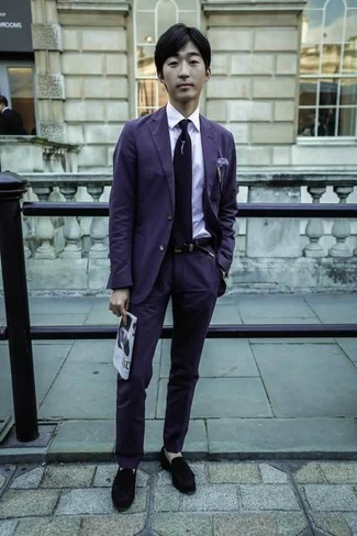 How to Wear a Violet Suit: This getup clearly illustrates it is totally worth investing in such smart menswear items as a violet suit and a white dress shirt. For something more on the relaxed end to complete this ensemble, introduce a pair of black velvet loafers to the mix.