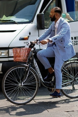 How to Wear a Beige Tie For Men: This is hard proof that a blue vertical striped suit and a beige tie look amazing when paired together in an elegant look for today's guy. For a more relaxed spin, why not complement this look with navy suede loafers?